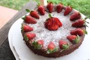Flourless cake for mum's birthday. Recipe can be found here https://aliciaspunsugar.wordpress.com/2014/02/11/flourless-chocolate-cake-almond-praline/