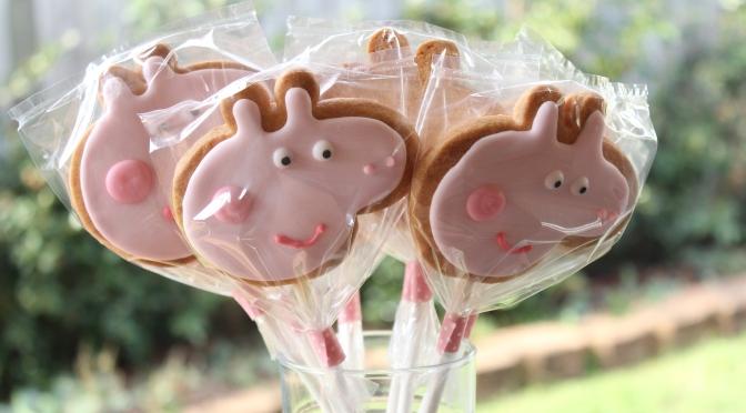 Peppa Pig Vanilla Cookie Pops