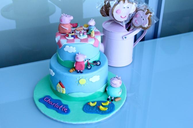 Peppa Pig Picnic Cake