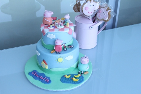 Peppa pig cake feature photo