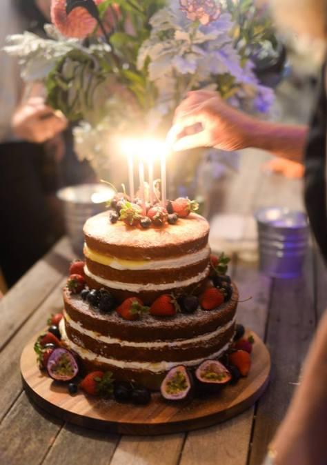 Passionfruit cake